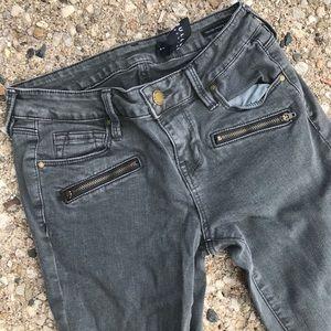 Bullhead Rocker Gray Zipper Skinny Jeans Size 23